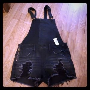 new with tags express black overall shortall 4